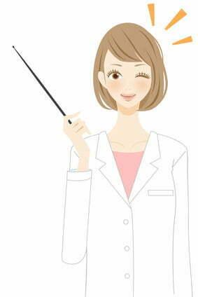フレイアクリニックの医療脱毛について教える女医